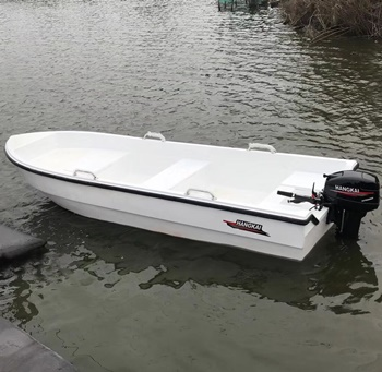 How to Install & Use a Lightweight Outboard Motor